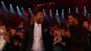 Nick Jonas / Joe Jonas DCNE / Demi Lovato - Billboard music Awards 2016- Canadian commerical