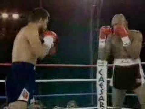 Marvin Hagler vs Roberto Duran Round 1