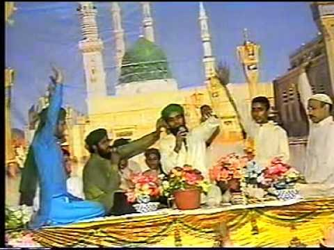 Asif Attari Naat Mehfil-e-naat 2010 Leicester Part3 03007765917.mpg video