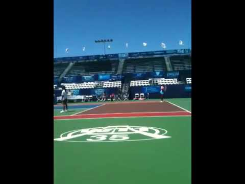Vania King/Riza V/S Me and Eireen Video