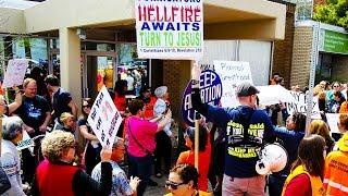 Last Abortion Clinic Under Siege