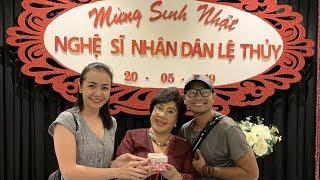 Huỳnh Đông Ái Châu cùng anh chị em nghệ sĩ mừng sinh nhật Mẹ Lệ Thủy
