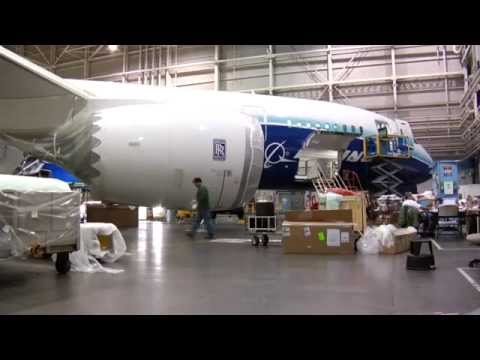 Dreamliner 787 dream Tour airplane by Sushith Karkera