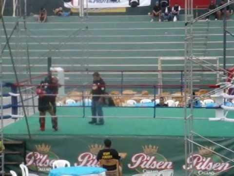 Cameponato Nacional de Muay Thai - Jhon Valdivieso vs Luis Tavara