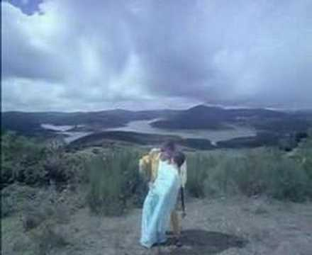Oru Jeevan Dhaan From Naan Adimai Illai video