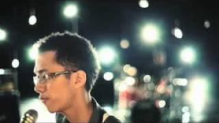 download lagu Sezairi Sezali - Broken gratis
