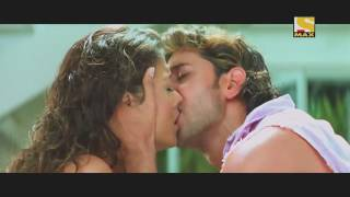 hottest kiss of aishwarya rai from dhoom 2
