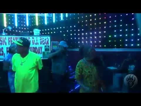 Jackie Y  & Anthongy B  singing Uptown Funk @ Crenshaw Live