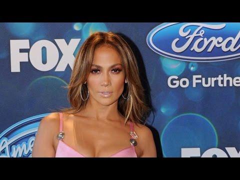 Jennifer Lopez's Pink Cutout Dress Shows Serious Skin on 'American Idol'