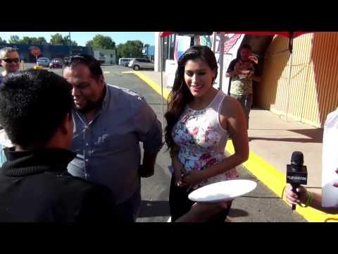 """El Foras y Carla """"La Plebe"""" reciben un pastelazo! - Levanton Show"""