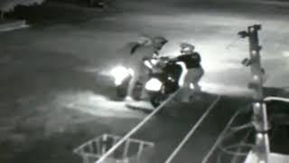 Homens abordam mulher, apontam arma e tomam moto de assalto na cidade de Patos