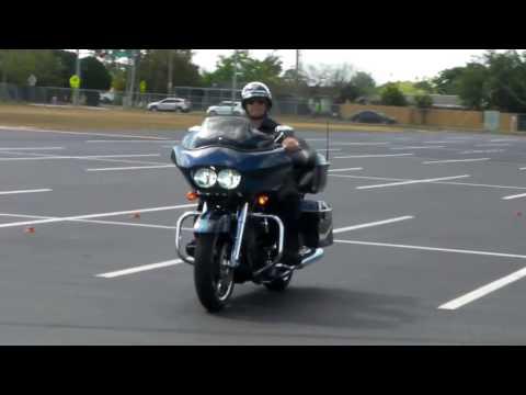 Motorman 18 Turns On Harley Road Glide