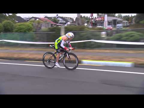 2015 IRONMAN New Zealand || Bike Highlights - Women's 70km