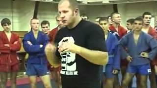 Лоу-кик от Федора Емельяненко