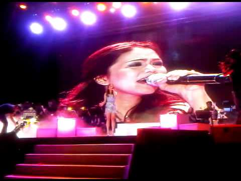 Juris Cries while singing Forevermore