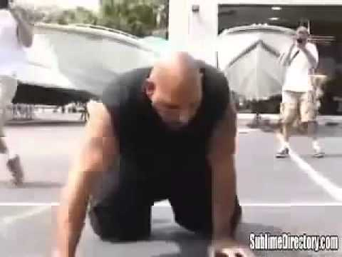 CRAZY FIGHT STREET FIGHTS     KIMBO SLICE vs BIG MAC  kimbo vs high school bully Image 1