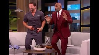 Download Lagu Dr. C interview with Steve Harvey - Viral Dentist visits with Steve Gratis STAFABAND