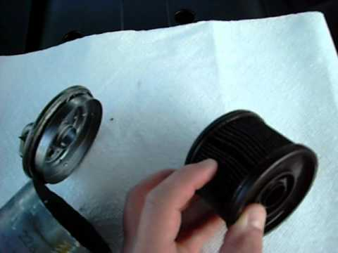 Mercedes E320 CDI Fuel Filter disassembly video 002.AVI