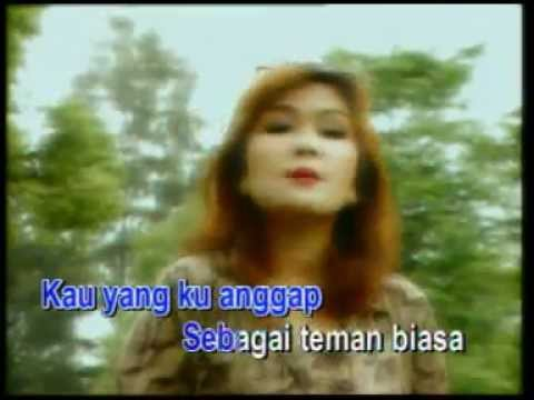 download lagu Mega Mustika - Bukan Yang Pertama gratis