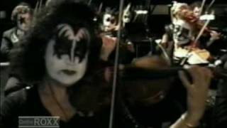 Клип KISS - I Was Made For Loving You (live)