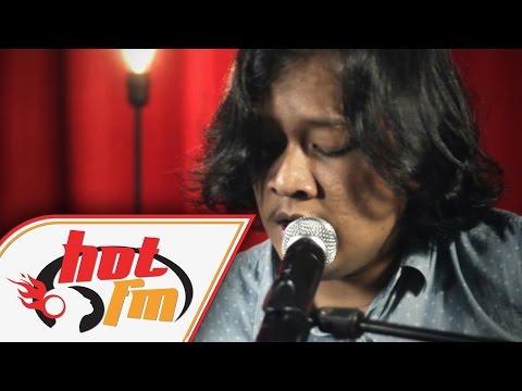 download lagu AMIR JAHARI - SELALU ADA LIVE - Akustik gratis