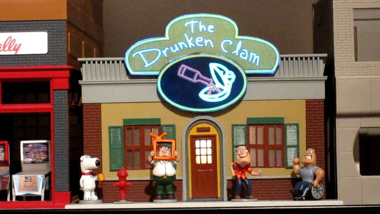 Drunken Clam bar in O scale - YouTube