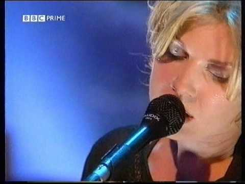 Tanya Donelly - Breathe Around You