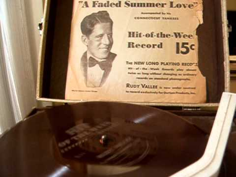 Rudy Vallee And His Connecticut Yankees - Faded Summer Love