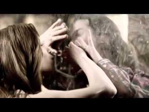 Eflatun - Feat. Burcu Güneş  Çıkmaz Sokaklar