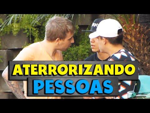 ATERRORIZANDO PESSOAS - PEGADINHA