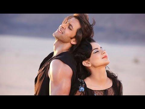 Hrithik Roshan & Kangana Ranaut's BLAME GAME   Bollywood Gossip