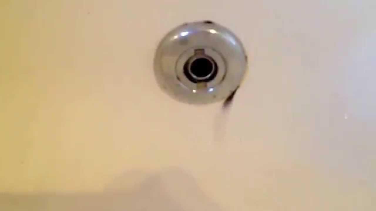 Kill Mold With Bleach Bathtub Tub Hottub Jet Tub YouTube