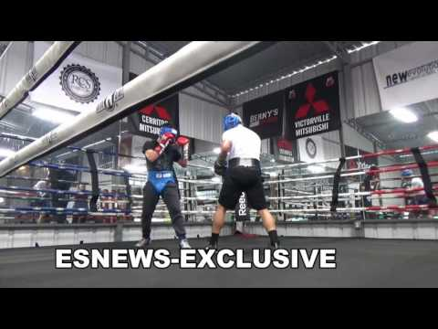 floyd mayweather reaction to conor mcgregor sparring video - EsNews Boxing