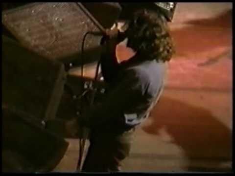 Recital 8 de abril 1994, día que encuentran a Kurt muerto.