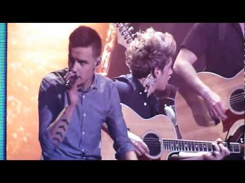 One Direction - Summer Love LIVE - THE O2, LONDON, 5/4/2013