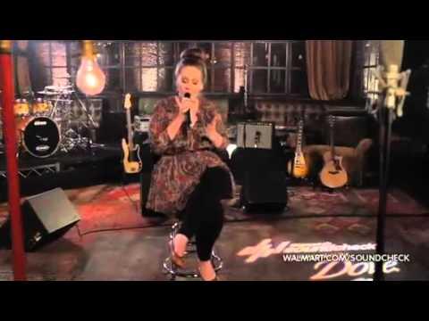 Adele - Don't You Remember (Live At Walmart Soundcheck)