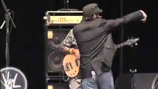 The Wailers en Vive Latino 2008 - Is This Love