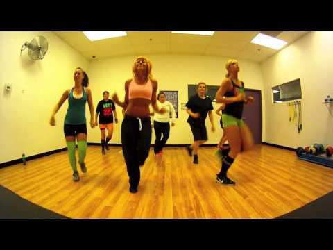 Country Girl - Luke Bryan Zumba with Mallory HotMess
