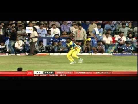 CCL4 Chennai Rhinos Vs Karnataka Bulldozers 2nd Inn Match in Bangalore - Part4