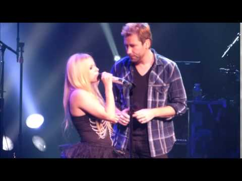 Let Me Go Avril Lavigne feat Chad Kroeger at Foxwoods Casino Resort