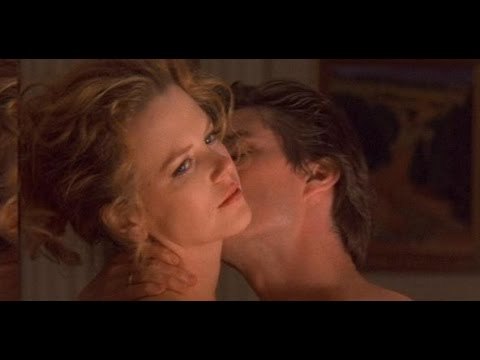 EYES WIDE SHUT (1999)  REVIEW
