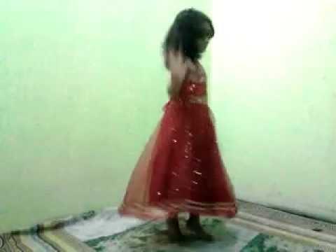 Aman Smal baby dance in karachi Ohlala.mp4