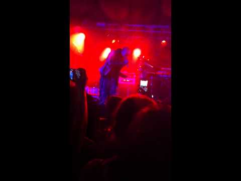 Loick Essien Me without you @ o2 Academy Oxford