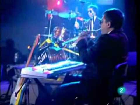 Clint - Conciertos de Radio 3 (03/02/09) - 01 los tipos duros tambien bailan