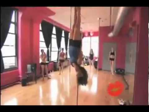 Мастер класс на шесте! Master class on the pole! Юмор! Прикол! Смех