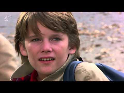 "Joe Dante's ""Explorers"" - Walking To School Scene (HD)"