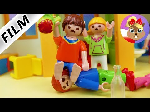 Playmobil Film Polski - JULIAN ZASTRASZANY! JULIAN, TCHÓRZ | Film Dla Dzieci - Rodzina Wróblewskich