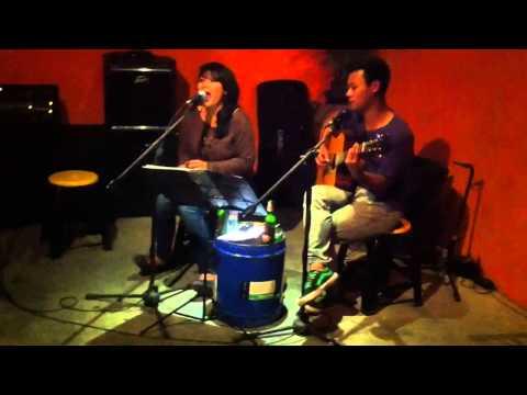 download lagu L Tammi Singing