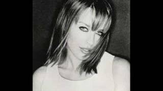 Watch Kylie Minogue Burning Up video