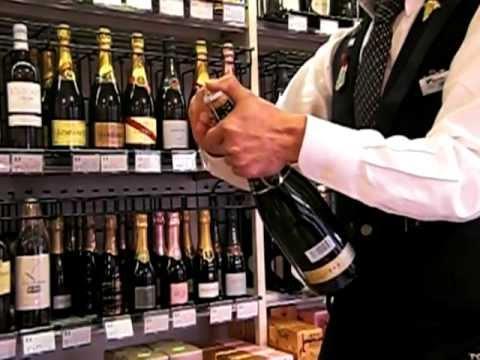 ソムリエが伝授!スパークリングワインの開け方をお教えします!